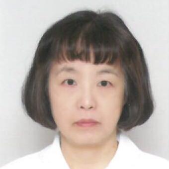 川口 有紀子 さん